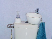 Toilet and small WiCi Mini wash basin combo - Mr L (France - 91) - 1 of 2